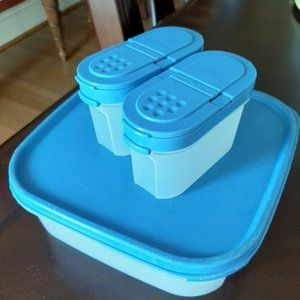 TUPPERWARE MODULAR MATES SET